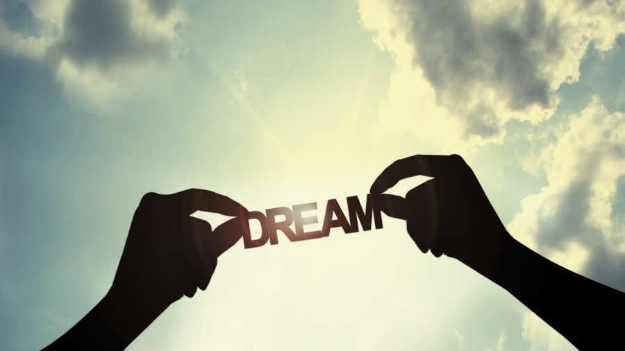 Nghị luận xã hội về ước mơ và tham vọng của con người
