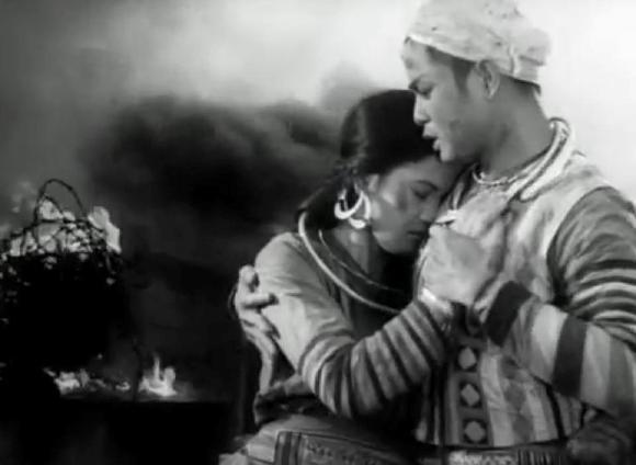 Phân tích nhân vật Mị truyện ngắn Vợ chồng A Phủ của Tô Hoài
